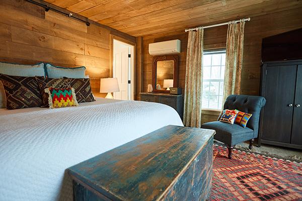 SHI_Room1_Bed2_600x400